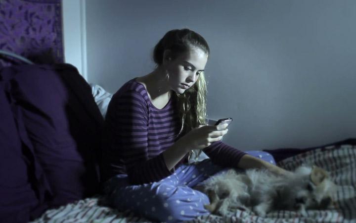 اعتیاد به تلفن هوشمند