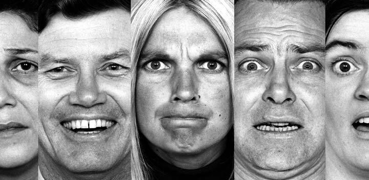 احساسات -11 نشانه هوش هیجانی پایین
