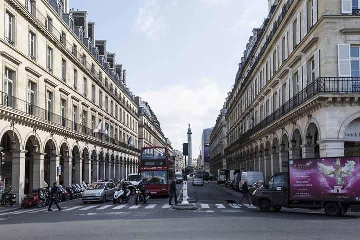 خیابان سن هونوره پاتوق محبوب طرفداران مد - جاهای دیدنی پاریس