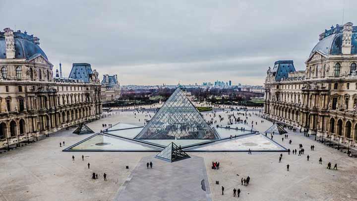 موزه لوور بزرگترین و بهترین موزهی هنری در دنیا - جاهای دیدنی پاریس