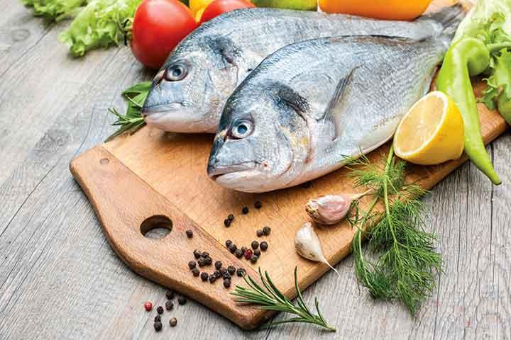 از خواص ماهی میتوان به ویتامین دی آن اشاره کرد