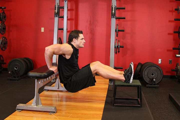 حرکت دیپ پشت بازو و طناب زدن برای افزایش سوزاندن کالری خیلی مفید هستند