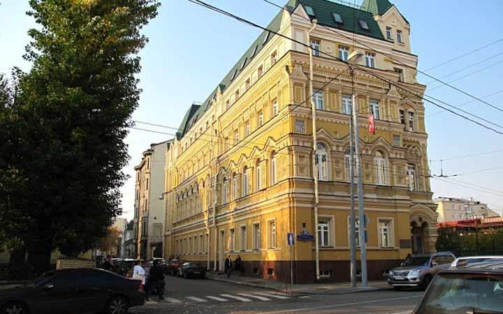 جاهای دیدنی مسکو - خیابان اُستوژِنکا