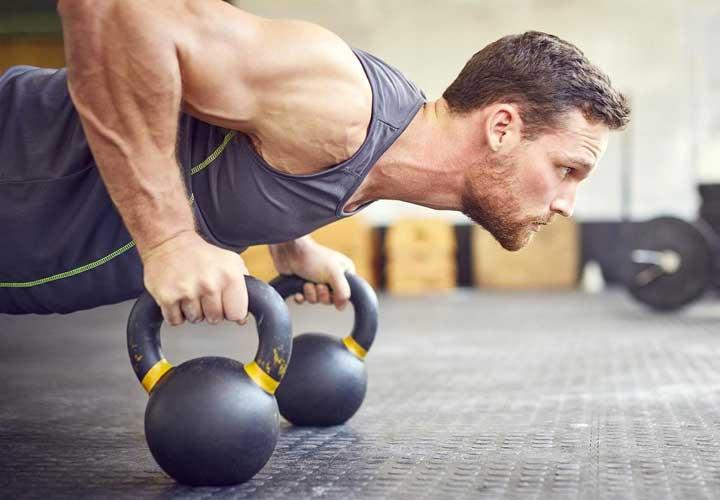 خواص آب انار - آب انار می تواند دردها را کاهش داده و موجب افزایش استقامت شود.