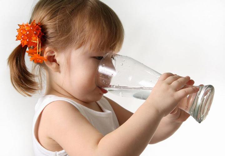 مصرف مایعات - اسهال کودکان