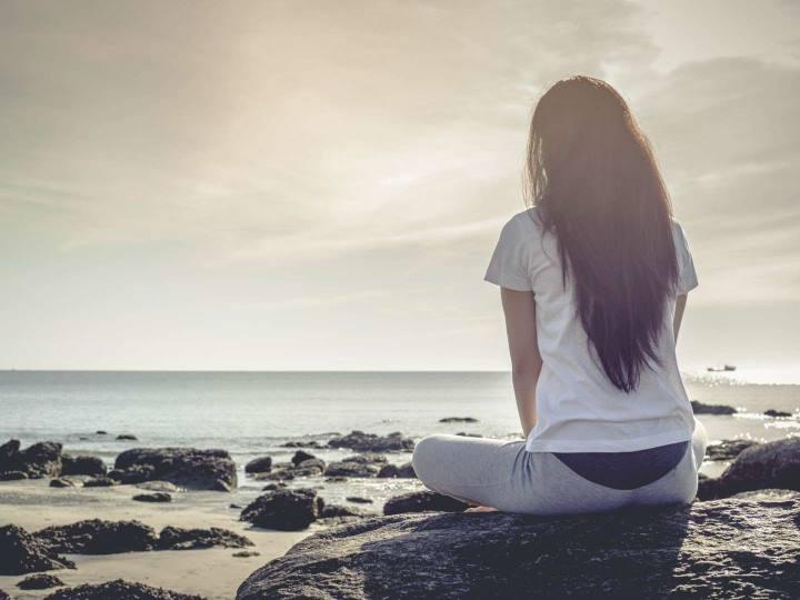 گاهی از تنهایی لذت می برید