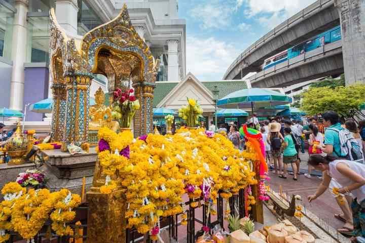 جاهای دیدنی بانکوک - زیارتگاه اراوان