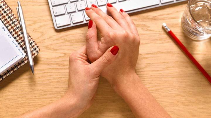 التهاب مفصل+ علل و عوامل بروز بیماری