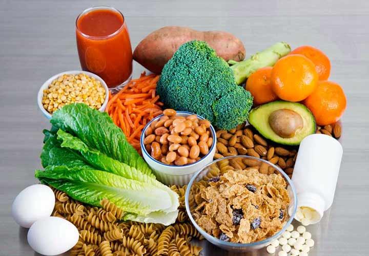 مرکبات، حبوبات، سبزیجات برگ سبز، تخم مرغ و غذاهای غنی شده با اسید فولیک از کمبود فولات جلوگیری می کنند.