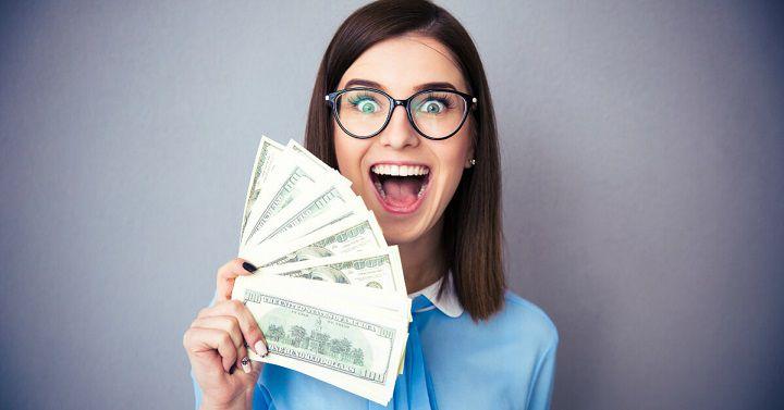 خرید و فروش دامنه یک راه عالی برای کسب درآمد از اینترنت است