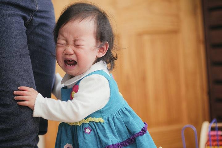 اضطراب جدایی مرحلهای طبیعی در رشد کودک است.
