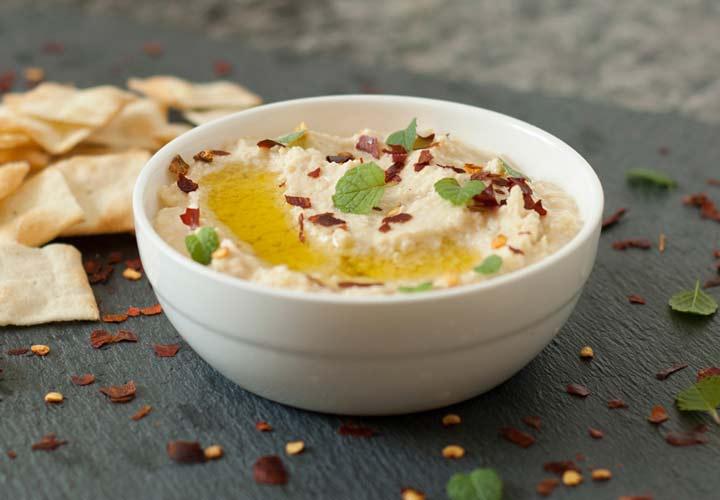 خواص نخود - حمص غذایی است که از پوره نخود با روغن زیتون، آبلیمو و ارده تهیه می شود.