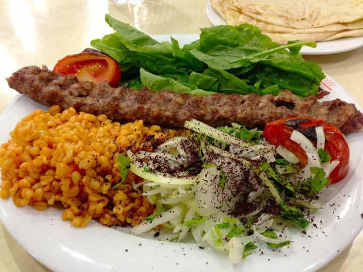 کباب-غذاهای محلی ترکیه
