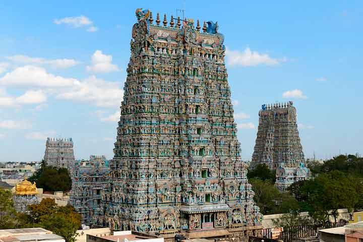 بازدید از معبد میناکشی آمن در سفر به هند