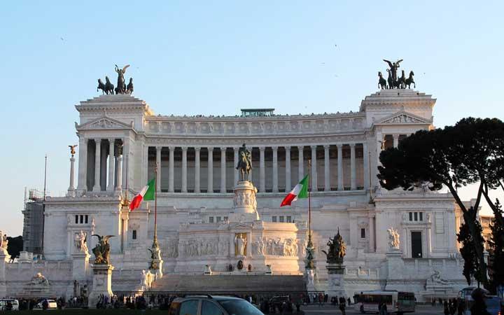 جاهای دیدنی رم - محراب وطن