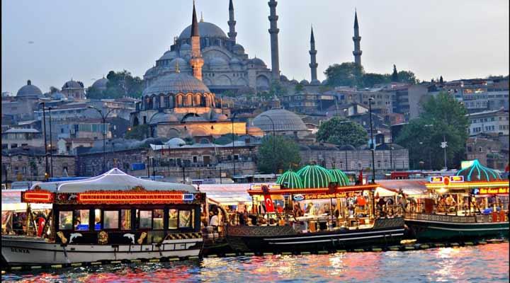 جاهای دیدنی ترکیه - اسکلهی اِمینونو