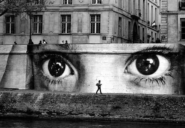 پاریس،گرافیتی۳