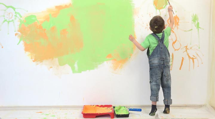 اسباب بازی کودک - نقاشی روی دیوار