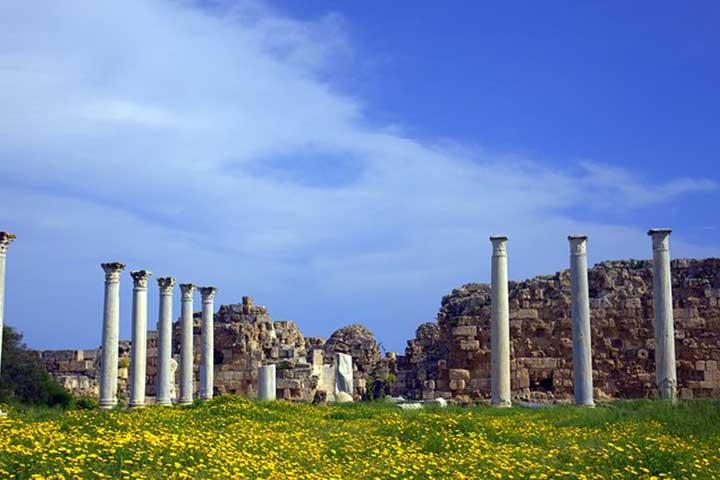 بازدید از سلامیس در سفر به قبرس