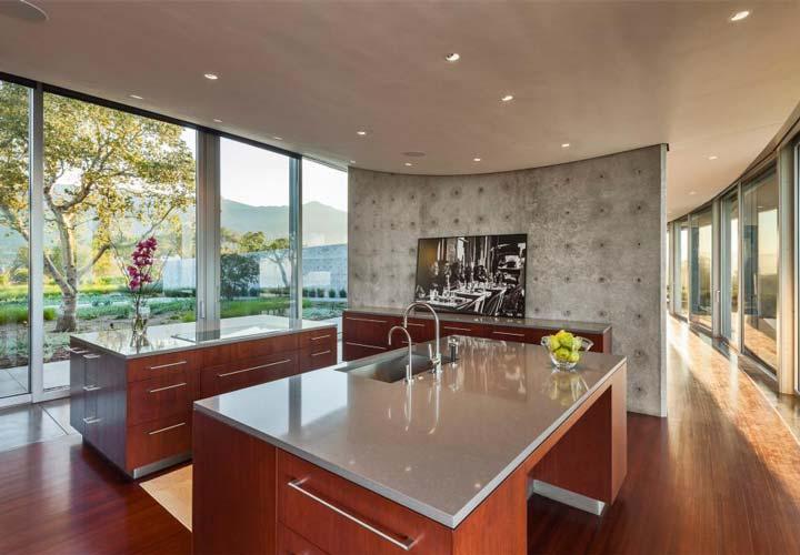 دکوراسیون آشپزخانه مدرن - آشپزخانهای با روکابینتی کوارتز