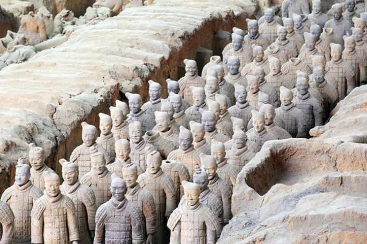 لشکر سفالین از جاذبه های گردشگری مهم در سفر به چین