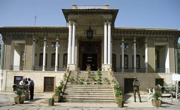 موزه عفيف آباد از جاهاي ديدني شيراز