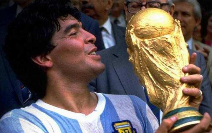 برترین فوتبالیستهای جهان - مارادونا