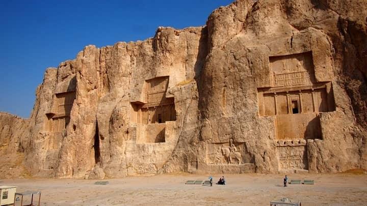 نقش رستم از جاهای دیدنی شیراز
