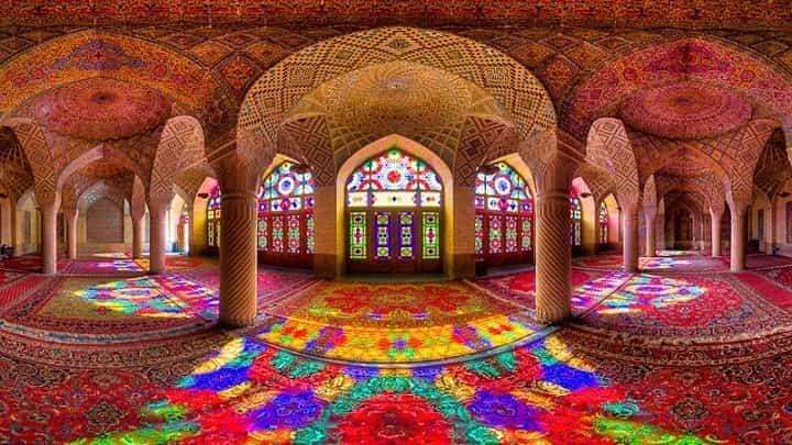 مسجد نصيرالملك از جاهاي ديدني شيراز