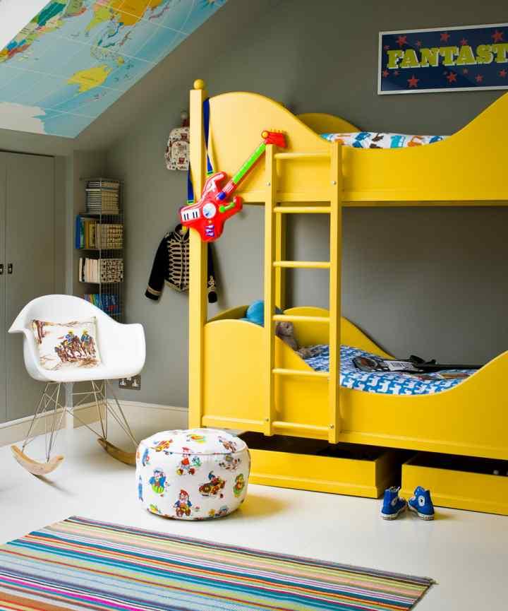 دکوراسیون اتاق خواب پسرانه - استفاده از تختهای تاشو یا دوطبقه