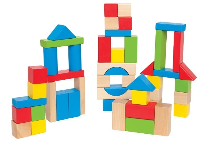 بازی های سازه ای از بازی های فکری کودکان هستند
