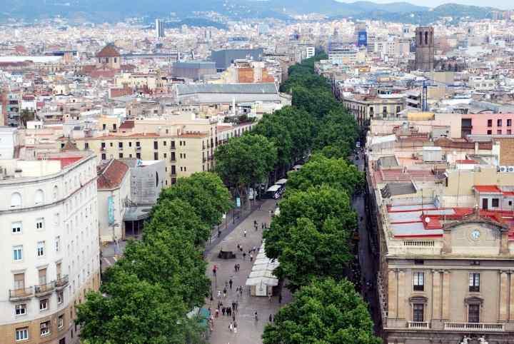 خیابان لاس رامبلاس از جاهای دیدنی بارسلونا