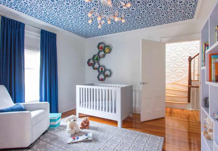 دکوراسیون اتاق نوزاد ـ تزیین سقف