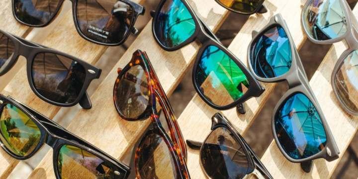 عینک پلاریزه - تشخیص عینک پلاریزه