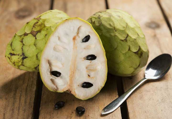یکی از عجیب ترین میوه ها چریمویا نام دارد.