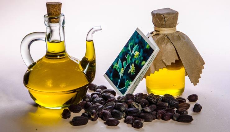 طرز استفاده از روغن جوجوبا برای درمان جوش