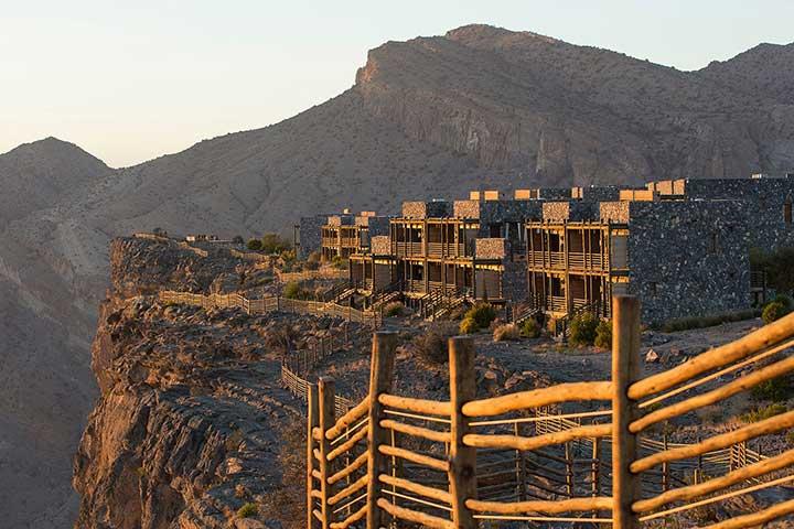سفر به عمان و کوهستان جبل اخضر
