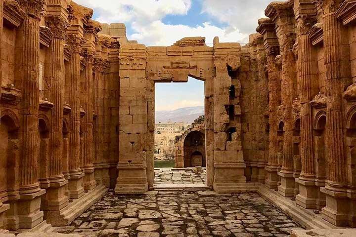 گشتوگذار در بعلبک در سفر به لبنان