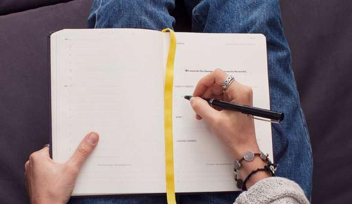 ۱۲ اشتباه، یادداشت برداری