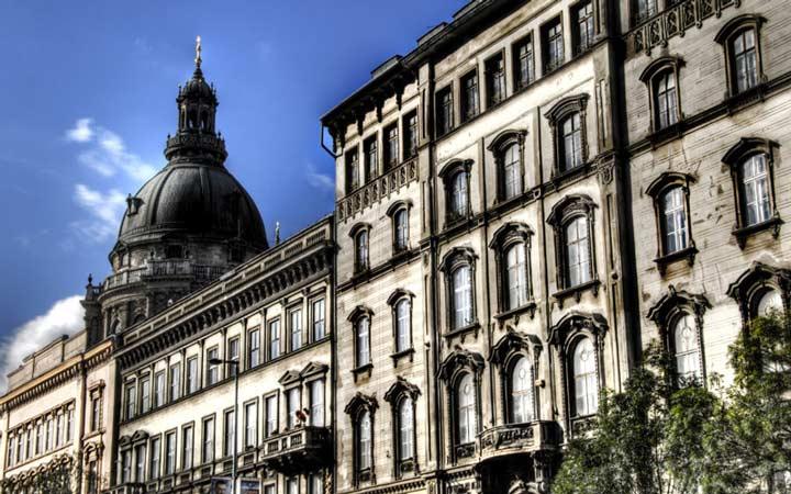 جاهای دیدنی بوداپست - خیابان آندرَشی