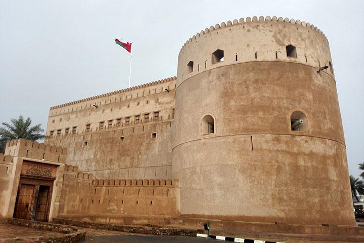 سفر به عمان و الحزم