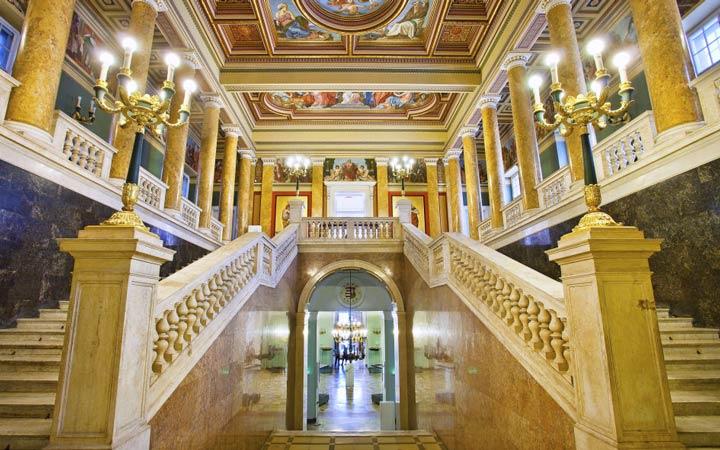 جاهای دیدنی بوداپست - موزهی ملی