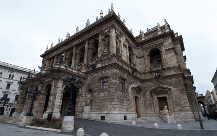 جاهای دیدنی بوداپست - اپراخانهی دولتی