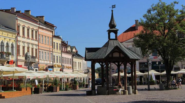 سفر به لهستان - ژِشوف