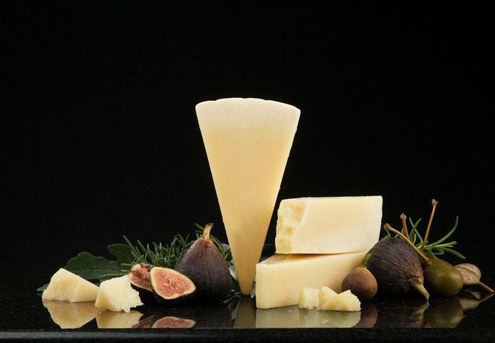 انواع پنیر - پنیر پکورینو رومانو (Pecorino Romano)