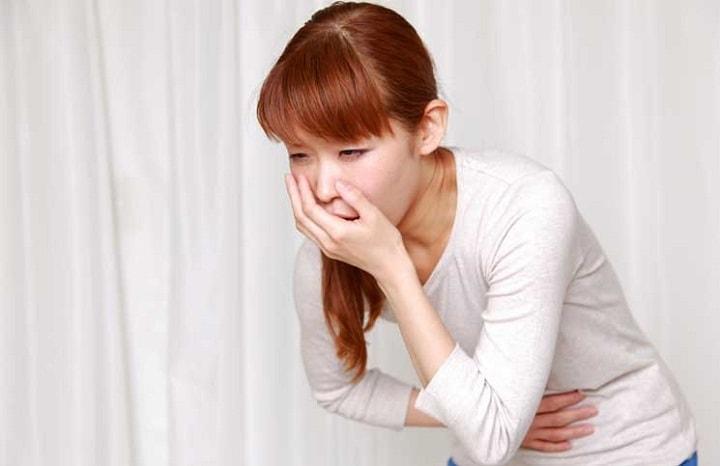 نشانه های استرس و حالت تهوع ناشی از آن