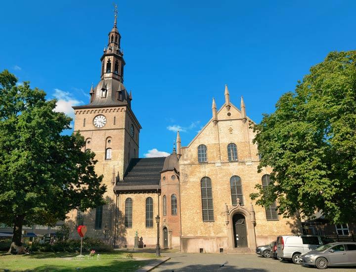 جاهای دیدنی نروژ - کلیسای جامع اُسلو