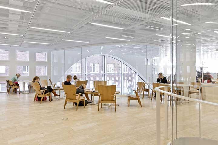 کتابخانه دانشگاه هلینسکی - تحصیل در فنلاند