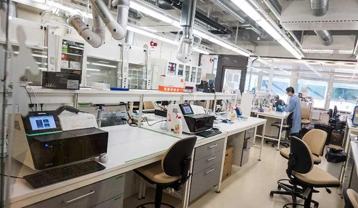 تحصیل پزشکی در سوئد - دانشکده های پزشکی دانشگاه کارولینسا