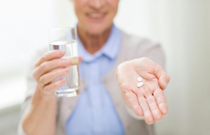 مصرف روزانه آسپرین با دوز پایین برای پیشگیری از ابتلا به پره اکلامپسی